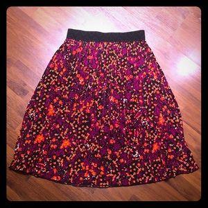 LuLaRue Skirt. Size medium. Mid calf length.